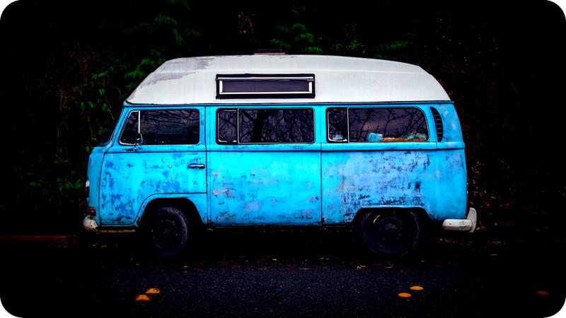 VW bus blue
