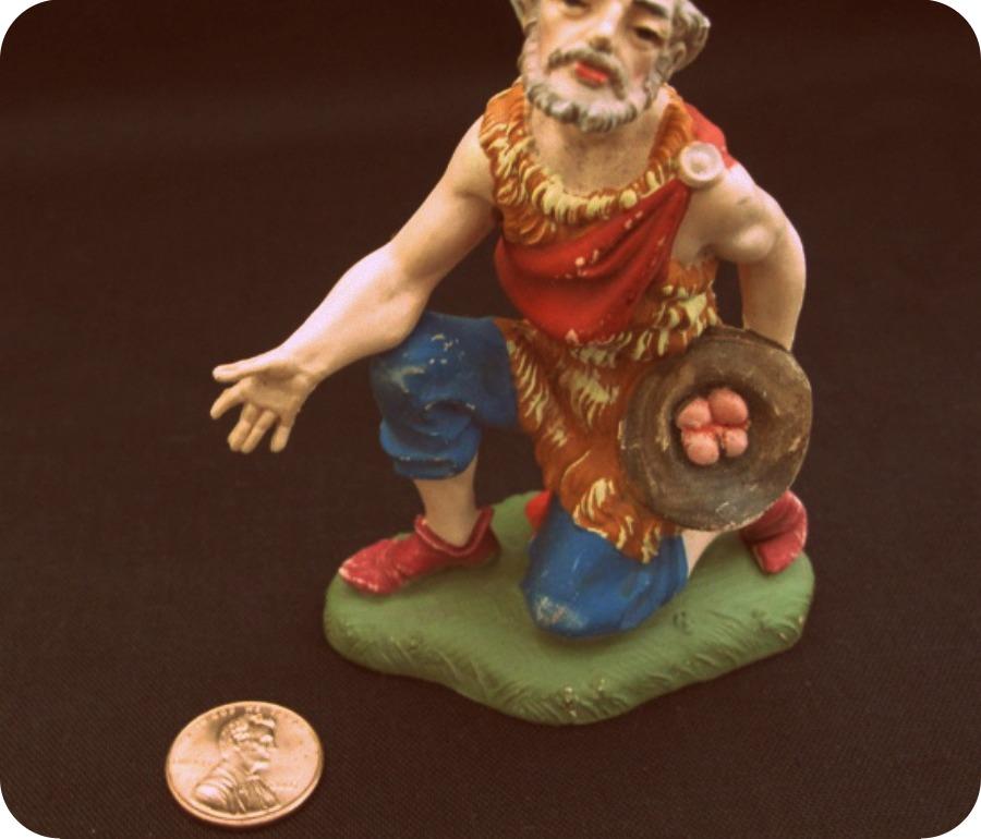 kneelingman-2-550