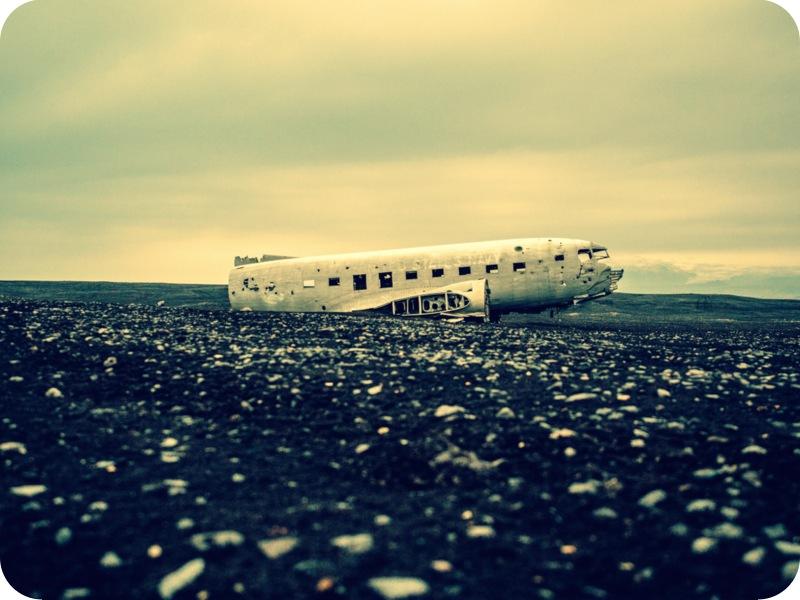 Airplane Down-001